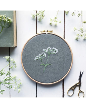 Sarah Becvar freehand embroidered flower artwork cowparsely embroidery hoop wild flower embroidered onto linen and framed within a hoop